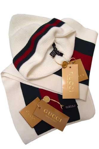 c64c8a584f2b0 Gucci Hat And Scarf Set